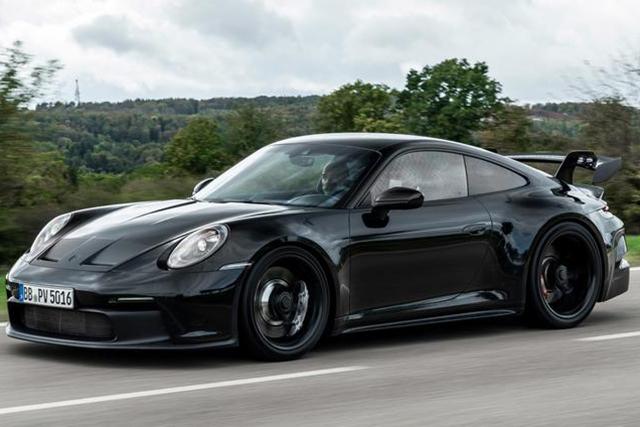 自然吸气配手动挡传承住芳华,全新保时捷911 GT3官方测试图发布